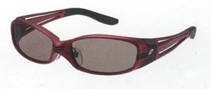 スポーツサングラスの偏光レンズは、ヨットやボートに適した偏光レンズ選びが大切です。