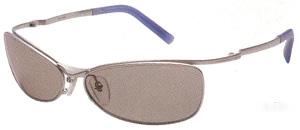 メガネが必要な方が、状況に応じた偏光レンズ度つきカラーを掛けると、水中の変化や魚もより見やすくなります。