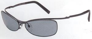 メガネが必要な方が、状況に応じた度入り偏光レンズカラーを掛けると、水中の変化や魚もより見やすくなります。