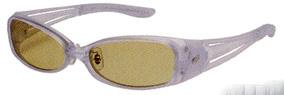 スポーツサングラスの度入り偏光レンズは、釣りに適した偏光レンズ選びが大切です。