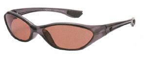 鮎釣り時の偏光サングラスは、一般のサングラスと違って視界がクッキリとします。