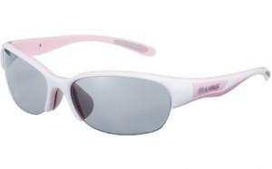 女性用スポーツサングラス選びは、女性にあったサングラス設計が必要です。