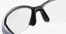 レディ-ス用スポーツサングラス選びは、レディ-スにあったサングラス設計が必要です。