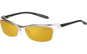 度付きスポーツサングラスは、スポーツ競技に応じた度付きサングラスを選ぶこと。