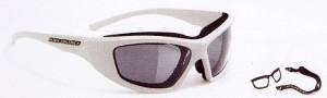 眼鏡が必要なインラインスケーターに適したサングラス度付き、メガネのご紹介専門店