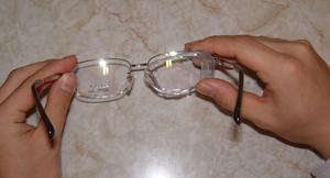 めがねを掛けている方のスポーツ時のスポーツ眼鏡用花粉症対策スポーツ眼鏡のご紹介