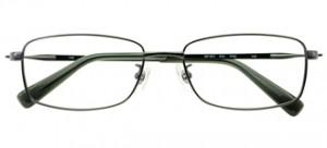 眼鏡を掛けてゴルフをされている方の花粉症対策ゴルフメガネのご提案