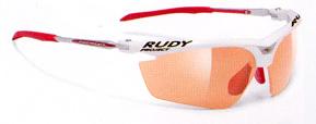 スポーツ用サングラス度つき選びは、スポーツ競技に合ったサングラスを選ぶこと。