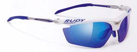 スポーツサングラス度つき選びは、スポーツ競技に合ったサングラスを選ぶこと。