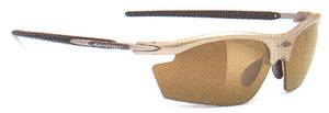 ベイスボール時のサングラス選びは野球に適したスポーツサングラスが重要。