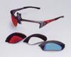 スポーツグラス用サングラス度つきは、眼鏡を掛けている方にとって集中力を高める装用感が重要です。