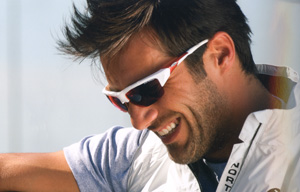 度付きスポーツグラスには度付きサングラスやメガネや度付きゴーグルがあります。
