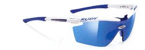 度入りスポーツグラスには度入りサングラスやメガネや度入りゴーグルがあります。