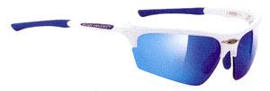 スポーツグラス度付きには、度付きゴーグルや度付きサングラスやメガネタイプがあります。