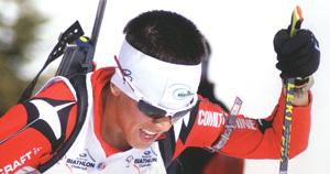 スポーツグラスには、メガネタイプやゴーグルタイプやサングラスタイプがあります。