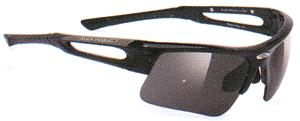 スポーツ用サングラス度付き選びは競技によってサングラスのデザインがちがいます。
