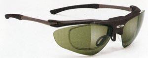 スポーツ競技に適した度つきサングラス選びは、スポーツサングラス専門販売店にご相談下さい。