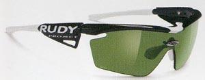 スポーツ競技に適したサングラス度付き選びは、スポーツサングラス専門販売店にご相談下さい。