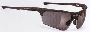 度入り偏光サングラスは、あらゆるアウトドアの度入りサングラスとして最適なサングラスです。