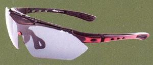度付きスポーツグラス専門店には、度付きサングラスやメガネや度付きゴーグルがあります。