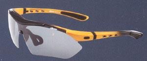 度付きスポーツ用サングラスの選び方は、度数だけでなくレンズのカラー選びが大切