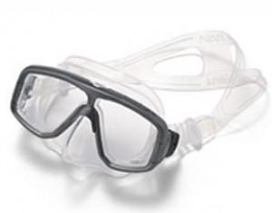 スキューバダイビング時のダイビングマスク度つきはスポーツグラス専門店にお任せ下さい