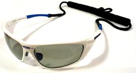 偏光サングラス度入りは、あらゆるアウトドアの度付きサングラスとして最適なサングラスです。