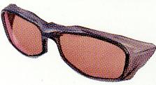 スポーツグラスとしてのサングラスのお奨めは、偏光サングラスです。