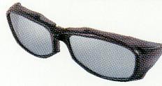 偏光サングラスは、アウトドアスポーツにおいて最高峰のサングラスです。
