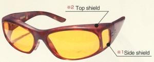 スポーツ競技で横からの光が気になる方にてってはとても快適なサングラスです。