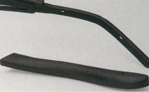 細やかなフィッテイングにも対応できるテンプルエンドを持った偏光サングラス。