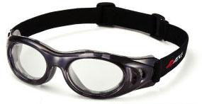 ジュニアサッカーどきの保護眼鏡