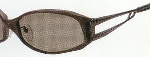 世界で唯一の偏光フィルターを仕様した偏光サングラスをご提案いたします。