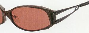 世界で唯一のハンドメイド偏光フィルターを仕様した偏光サングラスをご提案いたします。
