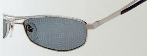 長時間のドライブどきに、眼精疲労を少しでも少なくさせる偏光グラスのご提案。