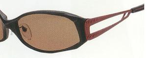 雑光を取り除くTALEX独自開発の偏光フィルターを仕様した偏光サングラスをご提案。