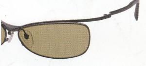 スポーツ用サングラスに最適なサングラスとして偏光サングラスをお奨めします。