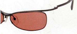 スポーツサングラス偏光選びは高品質な偏光レンズが大切です。
