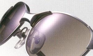 偏光サングラスは白内障の予防や、男性疲労の予防にも役立ちます。