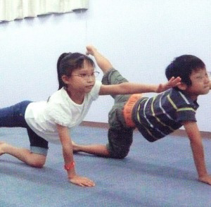ジュニアスポーツメガネ選びはスポーツ競技によってフレームを選ぶことが重要です。