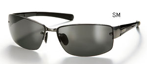 偏光サングラスはアウトドアスポーツにとって重要なサングラスです。
