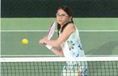 メガネを掛けている方のテニスどきに適したメガネの情報発信基地。
