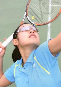 メガネを掛けている方のテニスどきに適したメガネテニス用の情報発信基地。