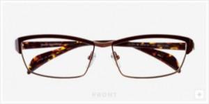 ファッショナブルなメガネデザインにスポーティさを加味したスポーツグラス度入り。