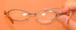 ロードバイク用花粉症対策メガネ、普段のメガネ兼用ロードバイクフレームに取り付け