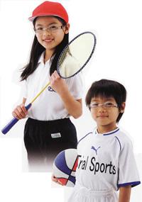 子供用メガネをスポーツどきと普段どきに兼用で装用いただくためのご提案
