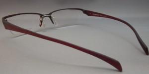 オートバイどきのメガネはヘルメットを考慮して掛けれる眼鏡が理想です。