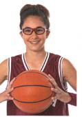 眼鏡を掛けている方の度つきスポーツグラスは競技によって選ぶご提案
