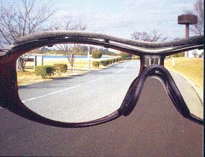 サイクリング用サングラスには広い視界が得られズレにくいサングラスを選ぶご提案