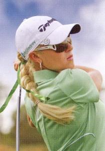 スポーツ用サングラス選びは、競技に合ったサングラス選びが重要。例えばスポーツサングラスゴルフ